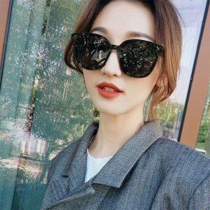 Kính râm thời trang nam, nữ phong cách Hàn Quốc